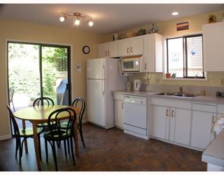 """Photo 2: 1103 PLATEAU Crescent in Squamish: Valleycliffe House for sale in """"VALLEYCLIFFE"""" : MLS®# V774716"""