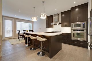Photo 17: 105 Westland Crescent SW in Calgary: West Springs Detached for sale : MLS®# A1118947