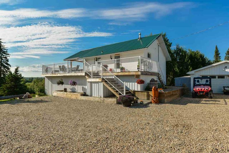FEATURED LISTING: 6009 Highway 633 Rural Lac Ste. Anne County