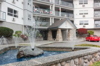 Photo 1: 310 1633 Dufferin Cres in : Na Central Nanaimo Condo for sale (Nanaimo)  : MLS®# 863912