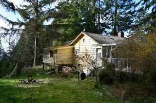 Photo 11: 5089 SUNSHINE COAST Highway in Sechelt: Sechelt District House for sale (Sunshine Coast)  : MLS®# R2602613