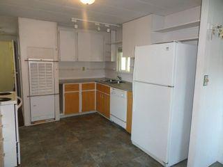"Photo 9: 2 5302 SELMA PARK Road in Sechelt: Sechelt District Manufactured Home for sale in ""Selma Vista Mobile Home Park"" (Sunshine Coast)  : MLS®# R2579205"