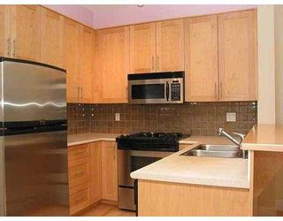 """Photo 4: 4655 VALLEY Drive in Vancouver: Quilchena Condo for sale in """"ALLEXANDRA HOUSE"""" (Vancouver West)  : MLS®# V629628"""