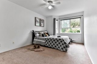 "Photo 8: 211 8976 208 Street in Langley: Walnut Grove Condo for sale in ""Oakridge"" : MLS®# R2588895"