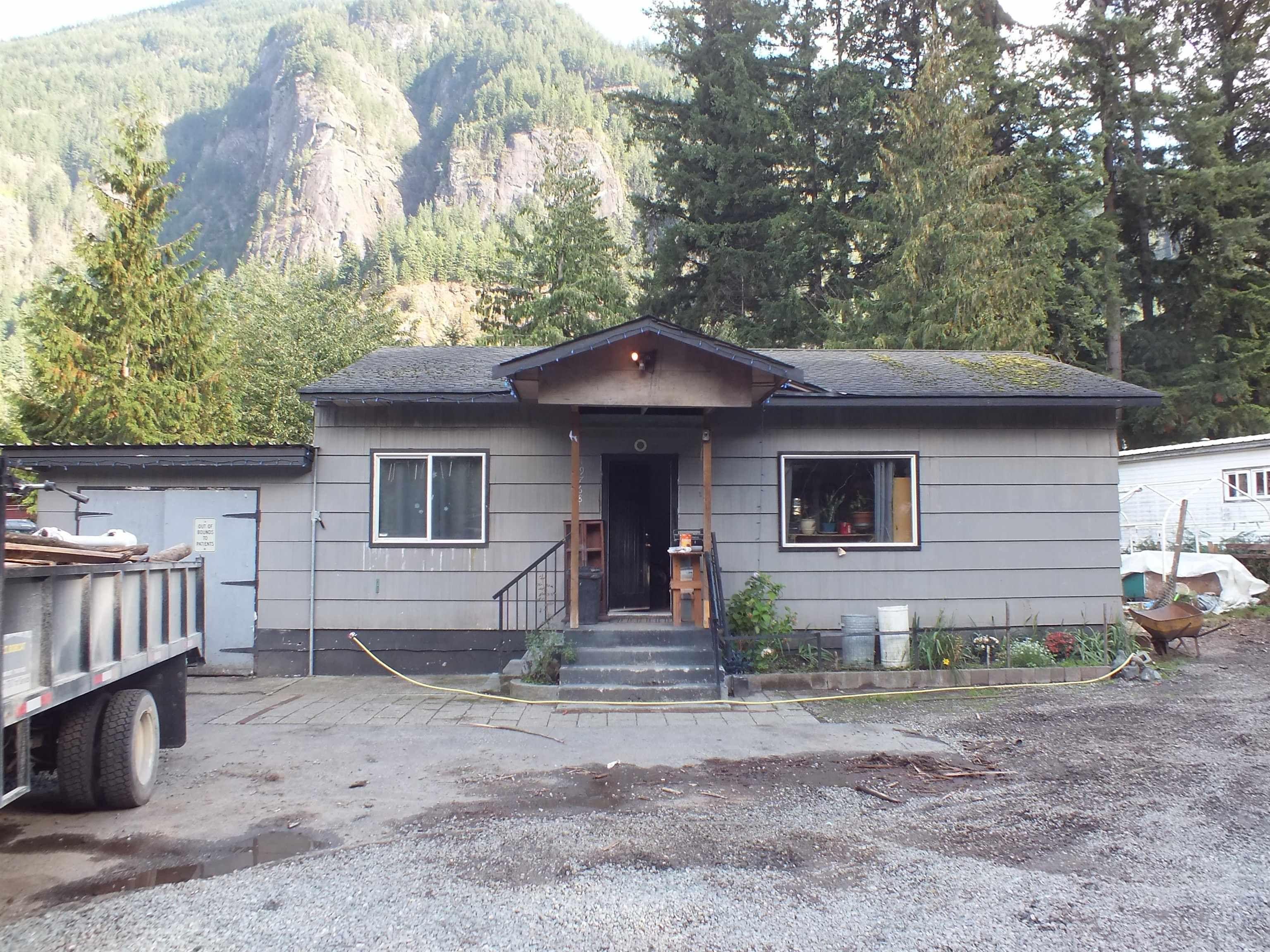 Main Photo: 19768 SILVERHOPE Road in Hope: Hope Silver Creek House for sale : MLS®# R2618307