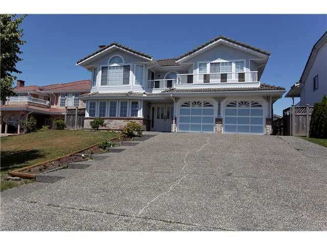 Main Photo: 14899 spenser Drive in Surrey: Bear Creek Green Timbers House for sale : MLS®# F1444450