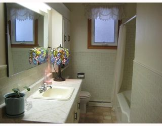 Photo 6: 804 CONSOL Avenue in WINNIPEG: East Kildonan Residential for sale (North East Winnipeg)  : MLS®# 2821411