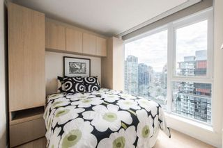 """Photo 12: 2207 1351 CONTINENTAL Street in Vancouver: Downtown VW Condo for sale in """"MADDOX"""" (Vancouver West)  : MLS®# R2040078"""