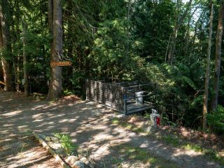 "Photo 34: 1512 TIDEVIEW Road in Gibsons: Gibsons & Area House for sale in ""LANGDALE"" (Sunshine Coast)  : MLS®# R2535465"