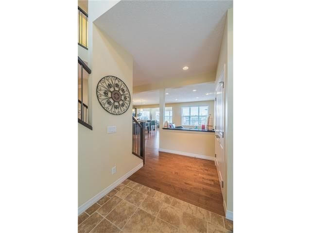 Photo 8: Photos: 151 evansdale Common NW in Calgary: Evanston House for sale : MLS®# C4064810