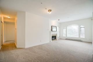 """Photo 8: 512 5262 OAKMOUNT Crescent in Burnaby: Oaklands Condo for sale in """"ST ANDREW IN THE OAKLANDS"""" (Burnaby South)  : MLS®# R2584801"""