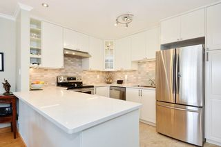 "Photo 5: 301 1531 MERKLIN Street: White Rock Condo for sale in ""Berkley Court"" (South Surrey White Rock)  : MLS®# R2306522"