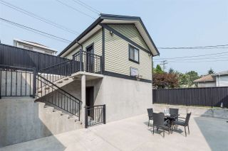 Photo 6: 125 N STRATFORD Avenue in Burnaby: Capitol Hill BN House for sale (Burnaby North)  : MLS®# R2208655