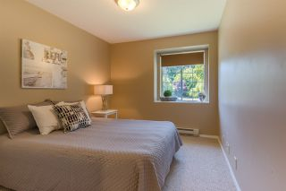 "Photo 7: 1524 CYPRESS Way in Gibsons: Gibsons & Area House for sale in ""WOODCREEK PARK"" (Sunshine Coast)  : MLS®# R2094011"