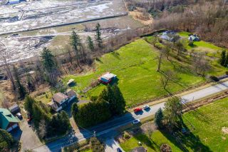 Photo 3: 27740 MONTESINA Avenue in Abbotsford: Aberdeen House for sale : MLS®# R2536733