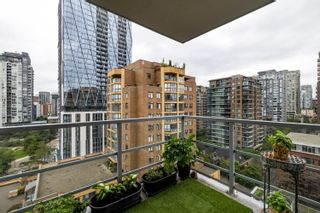 """Photo 13: 1302 1133 HOMER Street in Vancouver: Yaletown Condo for sale in """"H&H"""" (Vancouver West)  : MLS®# R2618125"""
