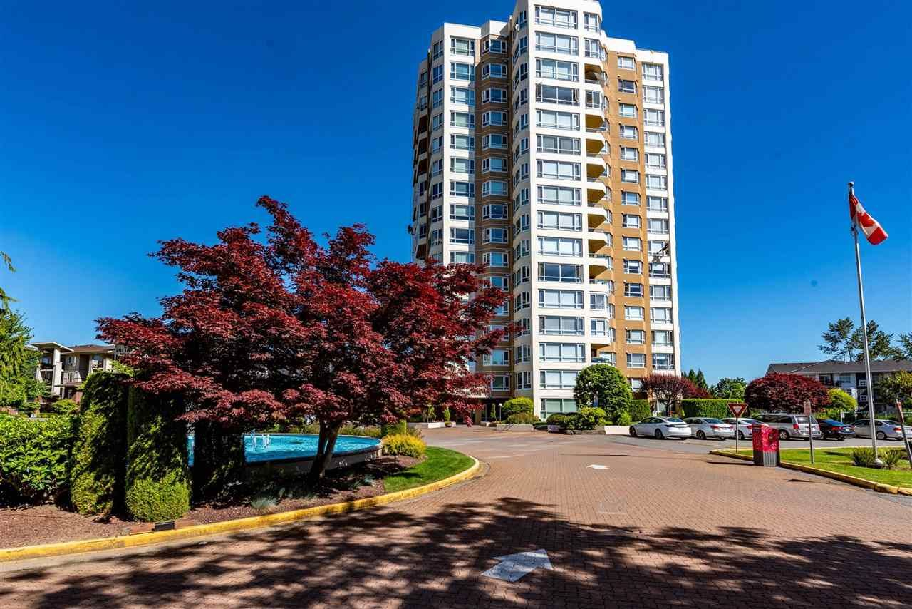 """Photo 2: Photos: 1402 3190 GLADWIN Road in Abbotsford: Central Abbotsford Condo for sale in """"Regency Park"""" : MLS®# R2589497"""