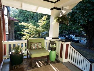 Photo 2: 650 W 20TH AVENUE in Vancouver: Cambie House for sale (Vancouver West)  : MLS®# R2198163