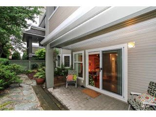 """Photo 11: 104 3733 NORFOLK Street in Burnaby: Central BN Condo for sale in """"WINCHELSEA"""" (Burnaby North)  : MLS®# V1088113"""