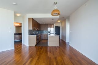 """Photo 5: 2301 6188 WILSON Avenue in Burnaby: Metrotown Condo for sale in """"JEWEL I"""" (Burnaby South)  : MLS®# R2202465"""
