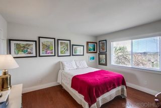 Photo 14: LA JOLLA House for sale : 4 bedrooms : 5897 Desert View Dr
