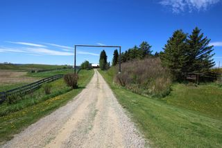 Photo 1: 273245 Lochend Road in Rural Rocky View County: Rural Rocky View MD Detached for sale : MLS®# A1116824