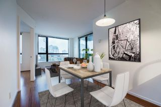 """Photo 6: 1005 813 AGNES Street in New Westminster: Downtown NW Condo for sale in """"NEWS"""" : MLS®# R2526591"""