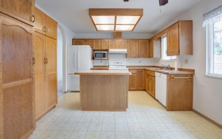 Photo 8: 2483 KITCHENER Avenue in Port Coquitlam: Woodland Acres PQ House for sale : MLS®# R2619953