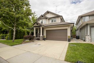 Photo 1: 19661 73B Avenue in Langley: Willoughby Heights House for sale : MLS®# R2463590