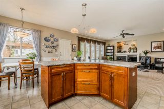 """Photo 11: 2837 BOXCAR Street in Abbotsford: Aberdeen House for sale in """"West Abby Station"""" : MLS®# R2448925"""
