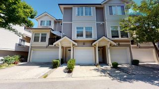 """Photo 1: 11 21535 88 Avenue in Langley: Walnut Grove Townhouse for sale in """"REDWOOD LANE"""" : MLS®# R2605722"""