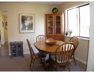 """Photo 3: 1103 PLATEAU Crescent in Squamish: Valleycliffe House for sale in """"VALLEYCLIFFE"""" : MLS®# V774716"""