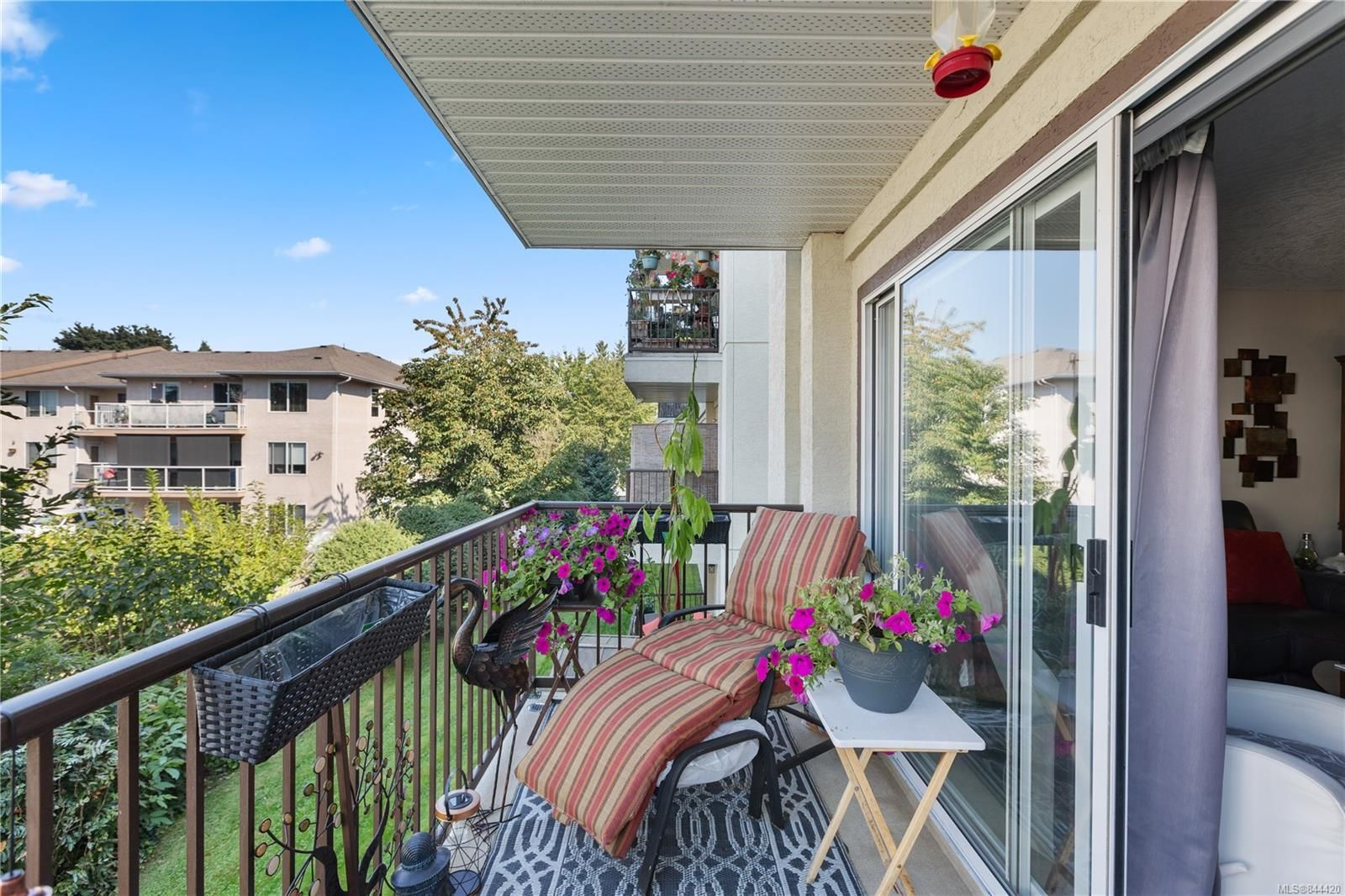 Photo 17: Photos: 207 671 Trunk Rd in Duncan: Du East Duncan Condo for sale : MLS®# 844420