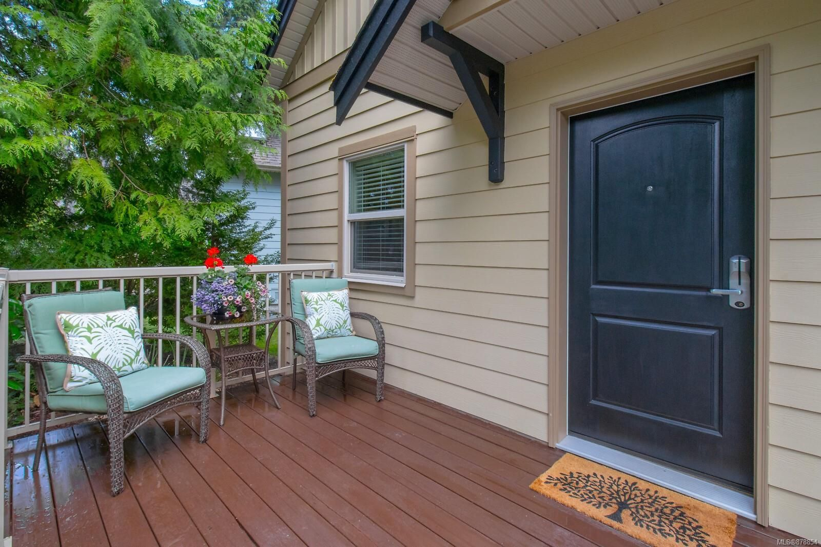 Photo 2: Photos: 223 1130 Resort Dr in : PQ Parksville Row/Townhouse for sale (Parksville/Qualicum)  : MLS®# 878854
