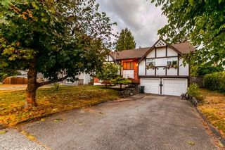 Photo 2: 1648 CORNELL Avenue in Coquitlam: Central Coquitlam House for sale : MLS®# R2204378