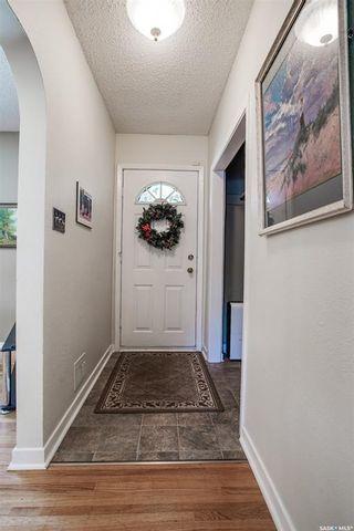 Photo 8: 1120 EWART Avenue in Saskatoon: Holliston Residential for sale : MLS®# SK819662