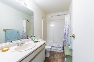 "Photo 3: 122 7610 EVANS Road in Chilliwack: Sardis West Vedder Rd Townhouse for sale in ""Cottonwood Retirement Village"" (Sardis)  : MLS®# R2441700"