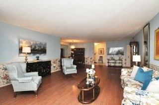 Photo 5: 2303 65 Skymark Drive in Toronto: Hillcrest Village Condo for sale (Toronto C15)  : MLS®# C4390948