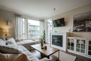 "Photo 7: 423 119 W 22ND Street in North Vancouver: Central Lonsdale Condo for sale in ""Anderson Walk"" : MLS®# R2168632"