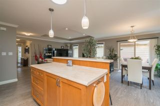 """Photo 16: 176 46000 THOMAS Road in Chilliwack: Vedder S Watson-Promontory Townhouse for sale in """"Halcyon Meadows"""" (Sardis)  : MLS®# R2460859"""