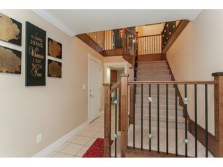 Photo 3: 3118 ENGINEER Court in Abbotsford: Aberdeen House for sale : MLS®# R2203999