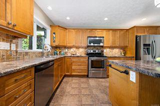 Photo 4: 2420 Avro Arrow Dr in : CV Comox (Town of) House for sale (Comox Valley)  : MLS®# 882382