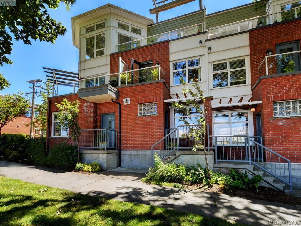 Main Photo: 13 60 Dallas Rd in VICTORIA: Vi James Bay Row/Townhouse for sale (Victoria)  : MLS®# 818335