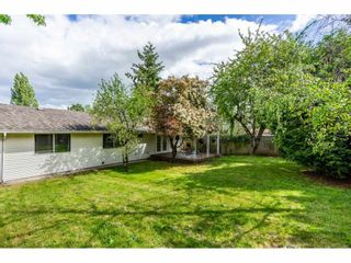 """Photo 14: 1427 160A Street in Surrey: King George Corridor House for sale in """"Ocean Village"""" (South Surrey White Rock)  : MLS®# R2453736"""