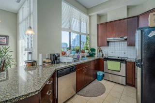 """Photo 10: 801 1581 FOSTER Street: White Rock Condo for sale in """"Sussex House"""" (South Surrey White Rock)  : MLS®# R2534984"""