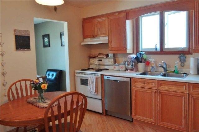 Photo 2: Photos: 46 Goldgate Crest: Orangeville House (Sidesplit 3) for sale : MLS®# W3472485