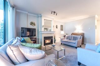 """Photo 5: 111 1785 MARTIN Drive in Surrey: Sunnyside Park Surrey Condo for sale in """"Southwynd"""" (South Surrey White Rock)  : MLS®# R2141403"""