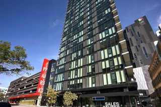 Photo 1: 1708 311 Hargrave Street in Winnipeg: Downtown Condominium for sale (9A)  : MLS®#  1928471