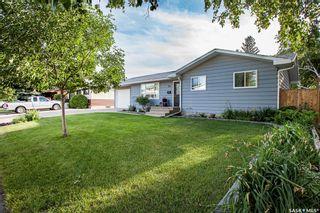 Photo 1: 123 Deborah Crescent in Saskatoon: Nutana Park Residential for sale : MLS®# SK860480