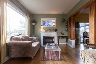 Photo 5: 225 N GILMORE Avenue in Burnaby: Vancouver Heights House for sale (Burnaby North)  : MLS®# R2377208